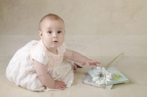 Baby and newborn photographer oldham, ashton and Saddleworth